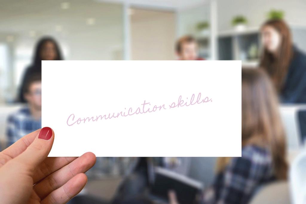 ホームページ制作にはコミュニケーションスキルが必要のイメージ